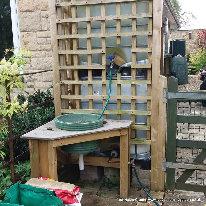 DIY Sink for the Garden